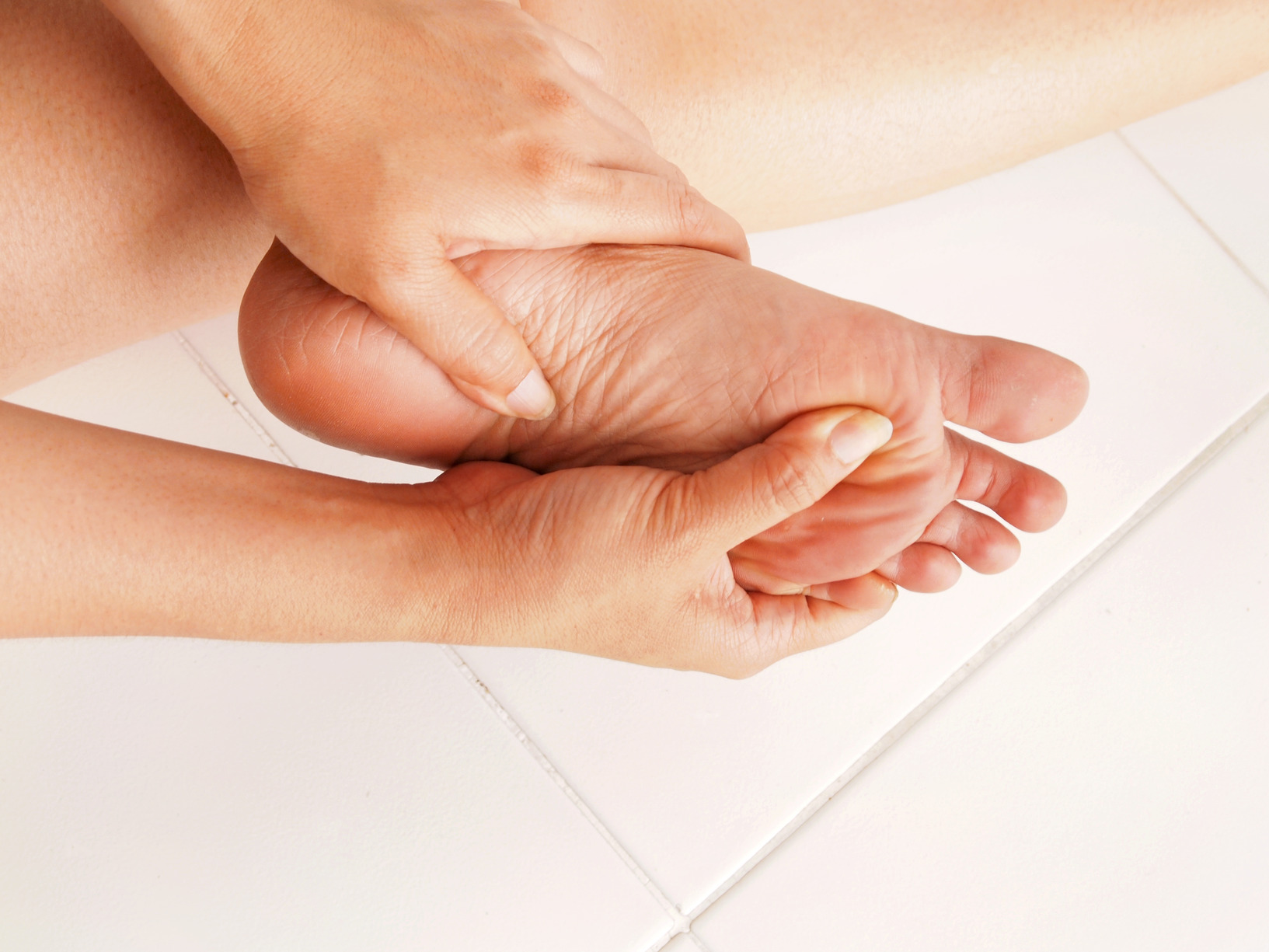 diabetic ulcers Diabetic foot ulcers are sores on the feet or anywhere below the ankle that someone with diabetes may develop learn more.