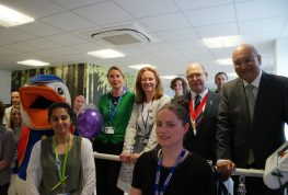 Diabetes charity donates treadmill for research
